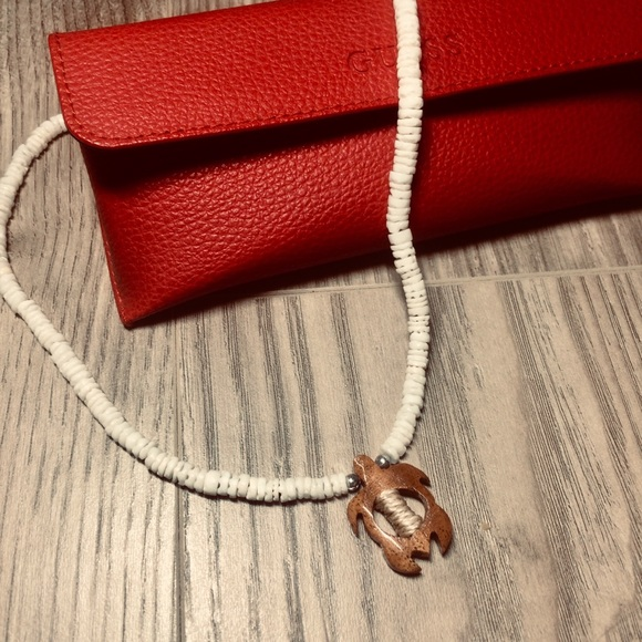 Jewelry - Cute beaded Choker Necklace with Wooden Turtle 🐢